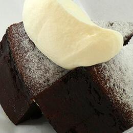 キャロリーヌ〜ガトーショコラのような濃厚でしっとりとしたチョコレートケーキ